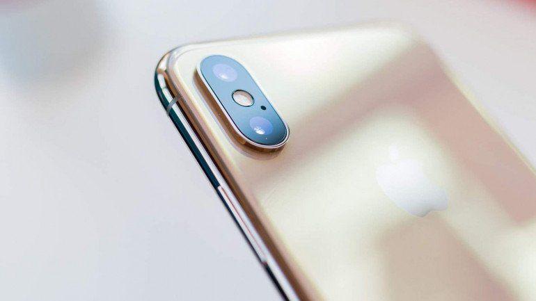 iPhone Xs против Sony Xperia 1