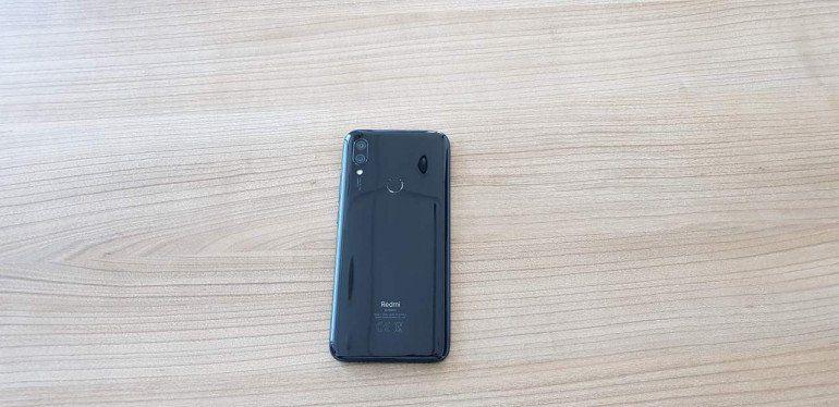 Xiaomi Redmi 7 - новый король бюджетников?