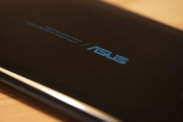 Asus ZenFone 6 показывает, как выделиться из толпы