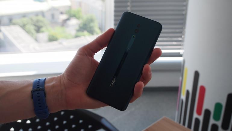 OPPO Reno - тест интересного смартфона с убирающейся камерой