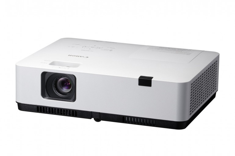 Canon расширяет свой ассортимент портативных проекторов тремя новыми долговечными ламповыми проекторами