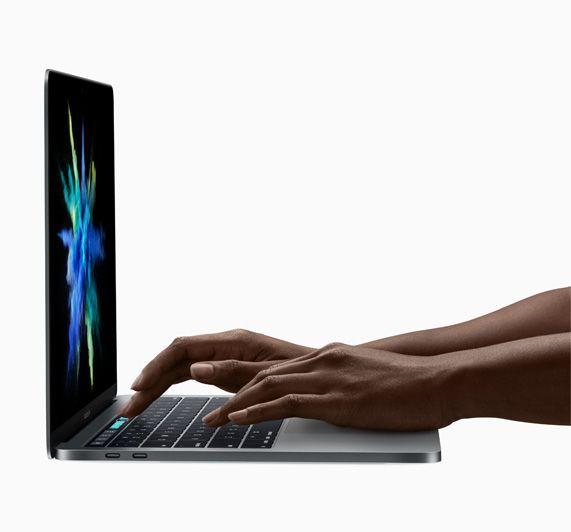 Как развивался Apple MacBook - самый узнаваемый ноутбук в мире