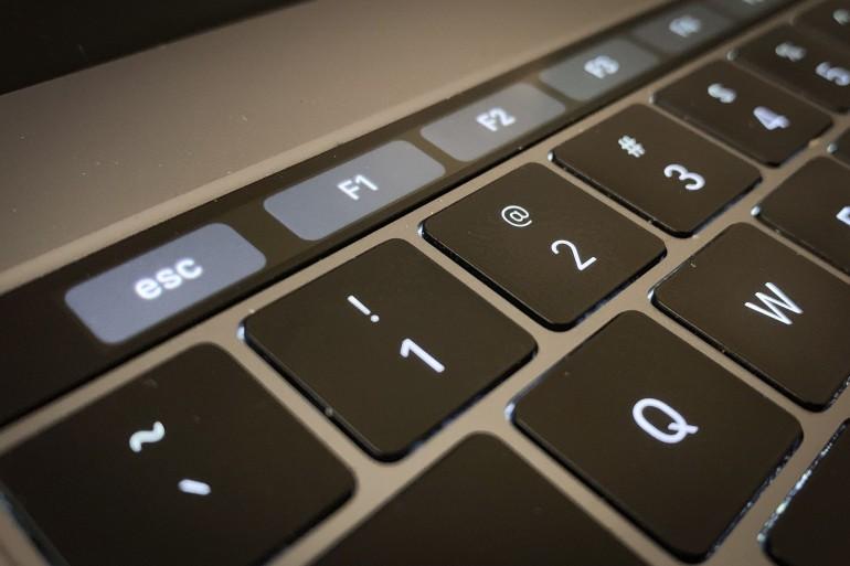 Однако 16-дюймовый MacBook Pro с процессором Intel 9-го поколения