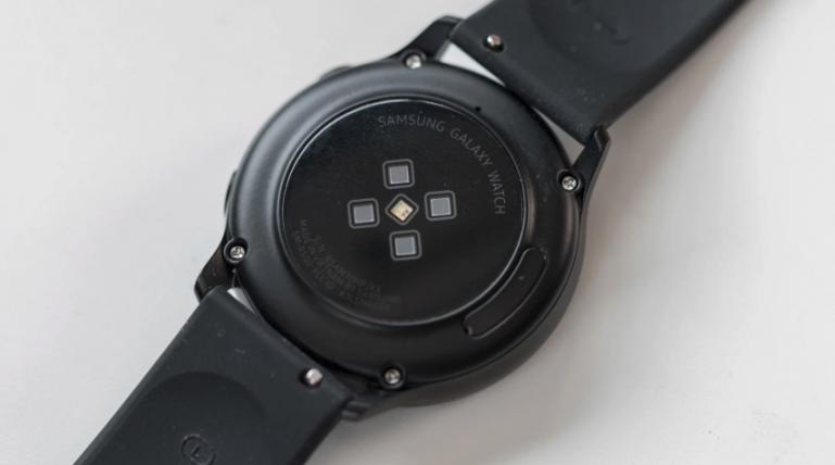 Galaxy Watch Active против Galaxy Watch Active 2 - столкновение корейских умных часов с Tizen