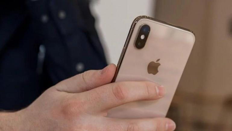 Apple приносит свои извинения за прослушивание записей Siri