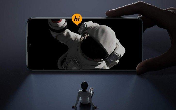 Oppo F15 дебютирует - AMOLED-экран, MediaTek Helio P70 и четыре камеры на борту